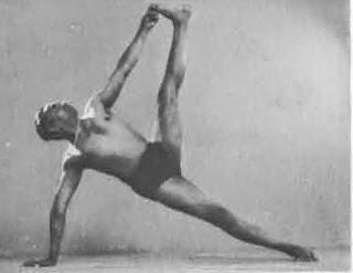 Vasishthasana la postura del equilibrio perfecto